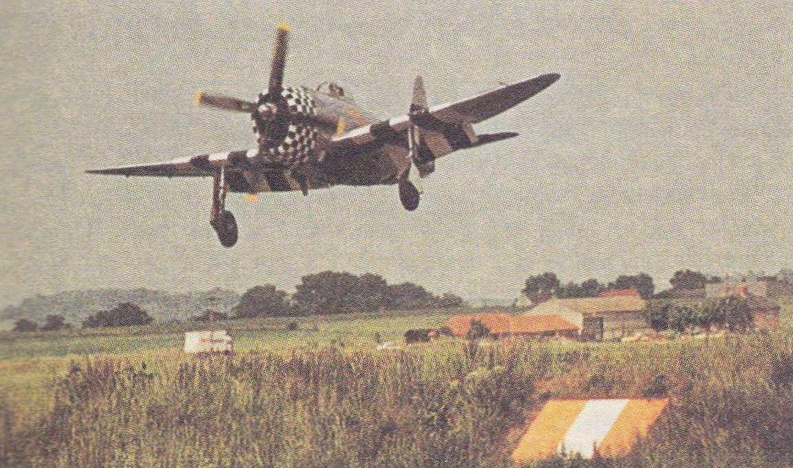 Самолет P-47 Тандерболт